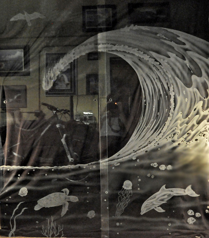 Surfaced Etched Designs On Glass For Home Business